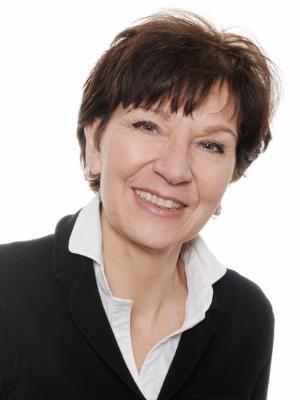 Theresia Münch, Pastpräsidentin