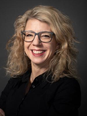 Simone Keller, Sekretärin und Webmasterin